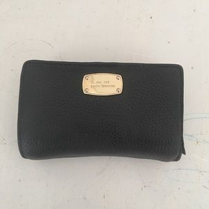 Michael Kors wallet with gold detail